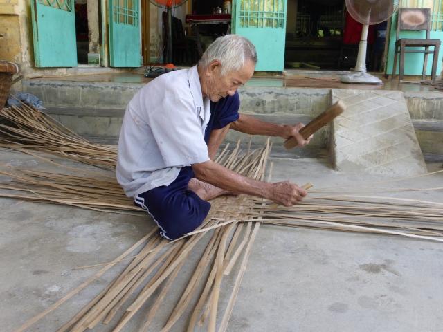 Vietnamesisk sivbådbygger